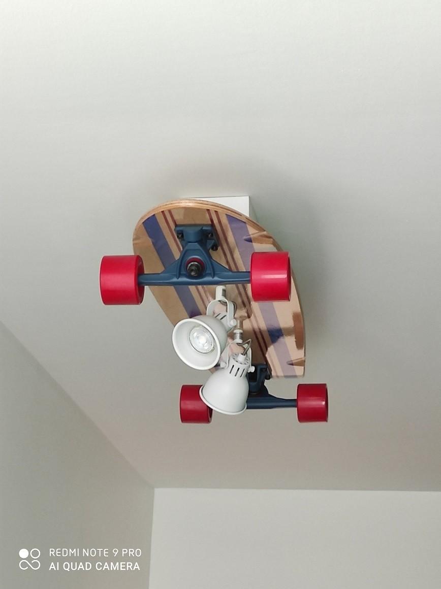 Création d'un luminaire à partir d'un skateboard 1